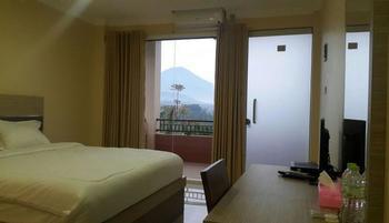 CRA Hotel Wonosobo Wonosobo - Deluxe Room Regular Plan