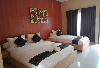 Exotic Komodo Hotel Manggarai Barat - Deluxe Triple Room Only Regular Plan