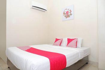 OYO 1008 Setiabudi D'Family Semarang - Standard Double Room Regular Plan