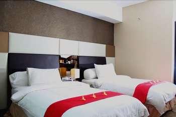 Grand Central Hotel Pekanbaru - Superior twin share include breakfast Regular Plan