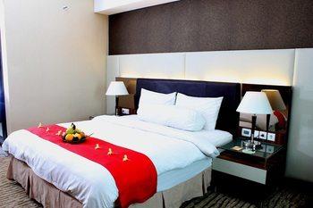 Grand Central Hotel Pekanbaru - Superior kingsize bed room only Regular Plan