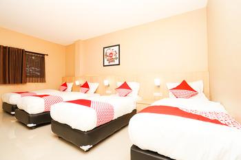 OYO 903 Kampoeng Kita Hotel Probolinggo - Suite Family Regular Plan
