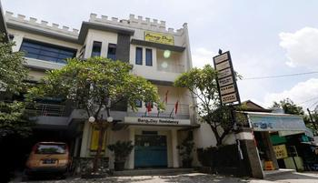Bang Day Residence