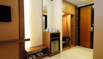 LYNT Hotel  Jakarta - Smart Room Double Regular Plan
