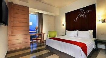 Atria Hotel Gading Serpong Tangerang - Deluxe Room With Breakfast Special Deals