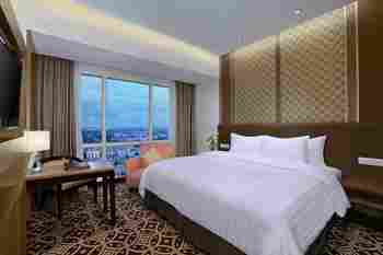 Atria Hotel Gading Serpong Tangerang - Superior Double Room (Hollywood Style) With Breakfast Special Deals