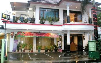 Guest House & Salon Spa Fora Lingkar Selatan