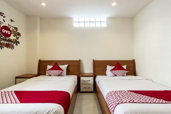 OYO 294 Andrea Residence Syariah Medan - Deluxe Twin Room Regular Plan