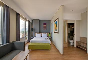 Whiz Prime Hotel Ahmad Yani Lampung - Deluxe Room Gajian