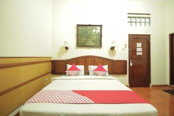 OYO 228 Hotel Lodaya Bandung - Standard Double Pegi Pegi special promotion