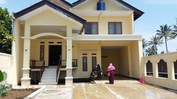 Homestay Dahlia Garut - 4 Bedroom  Regular Plan
