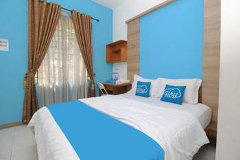 Airy Eco Syariah Karawaci Zam Zam Raya B1 7 Tangerang Tangerang - Standard Double Room with Breakfast Regular Plan