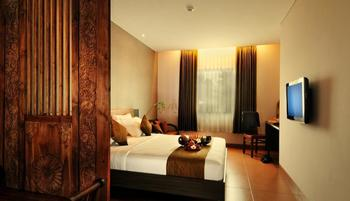 Sukajadi Hotel Bandung - Junior Suite Room Only Basic Deal, Save 30% (No Refund)