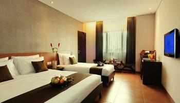 Sukajadi Hotel Bandung - Premiere Triple Room Only Today's Promo