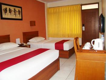 Sukajadi Hotel Bandung - Standard Triple Room Only Today's Promo