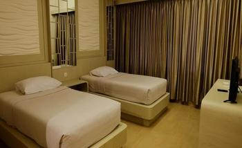 Arnes Central Hotel Bandar Lampung - Deluxe Twin Room Regular Plan