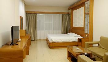 Arnes Central Hotel Bandar Lampung - Junior Suite Regular Plan
