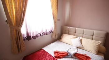 RedDoorz @Tebet Jakarta - Reddoorz Room Special Promo Gajian