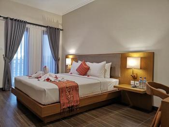 Perissos Echo Beach Bali - Deluxe King Room Basic Deal 50%