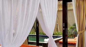 Arman Villas Seminyak - villa dengan kolam renang pribadi   #WIDIH