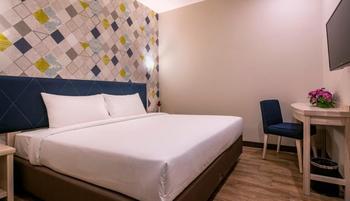 Hotel 88 Kedungsari ( Kedungdoro ) Surabaya - Business Room Queen bed Regular Plan