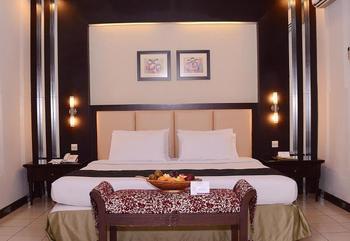 Hotel Tirta Sanita Kuningan - Deluxe Mountain View Regular Plan