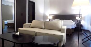 Samala Hotel Jakarta Cengkareng Jakarta - Executive Suite with Breakfast Regular Plan