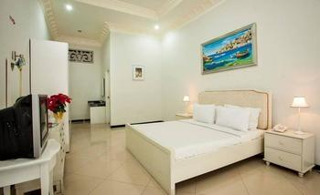 Hotel Batu Permai Malang - Deluxe Room Only Regular Plan