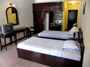 Hotel Batu Permai Malang - Superior Non AC Twin Bed Big Deals