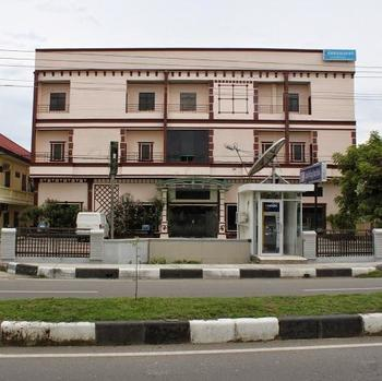 Grand Blang Asan Hotel