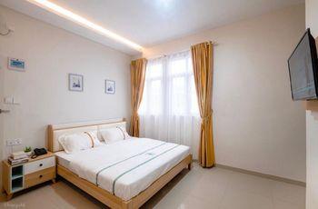 Lee's Hotel Batam - Deluxe Room Regular Plan