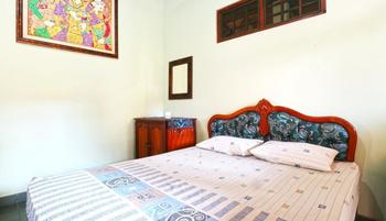 Bamboo Inn Kuta Bali - Standard Double Room With Fan 24 Hours Deal