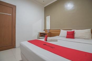 RedDoorz near Politeknik Ilmu Pelayaran 2 Semarang - RedDoorz Room 24 Hours Deal