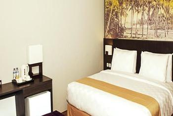 Rofa Kuta Hotel Legian - Deluxe Double or Twin with City View Kurma Deal