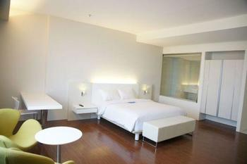 Everbright Hotel Surabaya - Deluxe Regular Plan