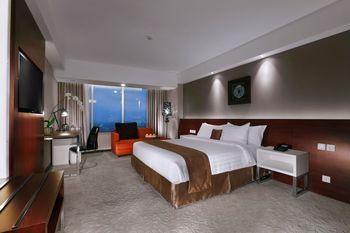 The Alana Yogyakarta Hotel Yogyakarta - Deluxe Room Only Regular Plan