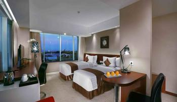 The Alana Yogyakarta Hotel Yogyakarta - Deluxe Room Include Breakfast Laundry and Dinner Regular Plan
