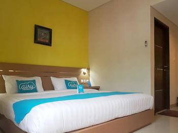 Airy Batu Meja Sirimau 12 Ambon - Executive Double Room with Breakfast Special Promo Mar 28