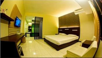 Puri Perdana Hotel Blitar - Deluxe room Regular Plan