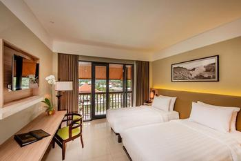 El Hotel Royale & Resort Banyuwangi Banyuwangi - Deluxe Pool View Room Only Last Minute Deals copy