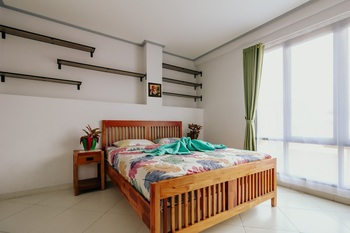 Urbanest Inn House TB Simatupang - Executive Suite Room Regular Plan