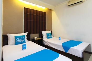 Airy Lengkong Buah Batu 81 Bandung - Superior Twin Room Only Regular Plan