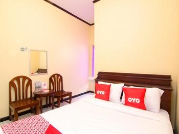 OYO 2162 Pondok Wisata Sri Widodo Karanganyar - Standard Double Room Regular Plan