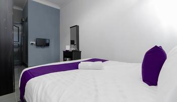 Cosmopolitan Guesthouse Batam - Double Room Regular Plan