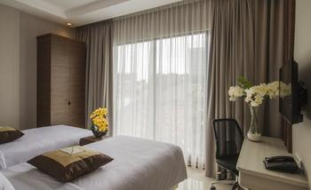 Sawana Suites Jakarta - Deluxe Twin Bed Room - Room Only Happy Lucky Day