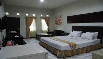 Hotel Grand Pangestu Karawang - Suite Room Only Regular Plan
