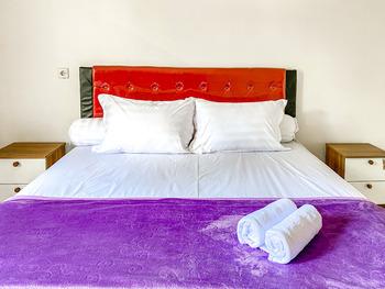 Redisa GuestHouse Malang - SALE Room KETUPAT
