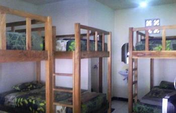 Hotel Cherish Bandung - Dormitory 6 pax Regular Plan