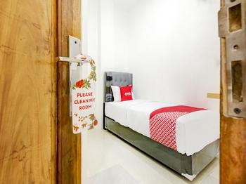 OYO 3929 8angau Mas Palembang - Standard Twin Room Early Bird Deal