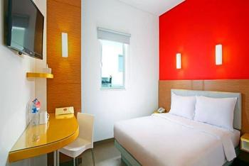 Amaris Hotel Kupang - Smart Room Queen Regular Plan